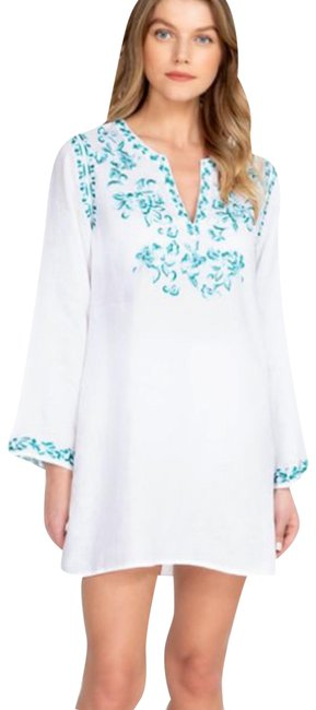 Preload https://img-static.tradesy.com/item/27731842/johnny-was-white-marie-embroidered-tunic-size-12-l-0-1-650-650.jpg