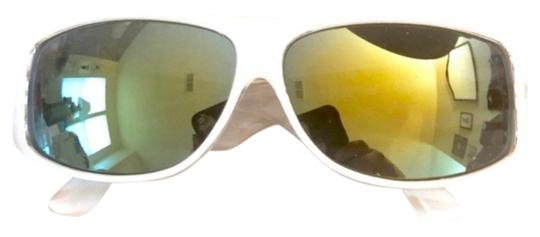 Preload https://img-static.tradesy.com/item/27732198/vintage-white-cool-ray-sunglasses-0-1-540-540.jpg