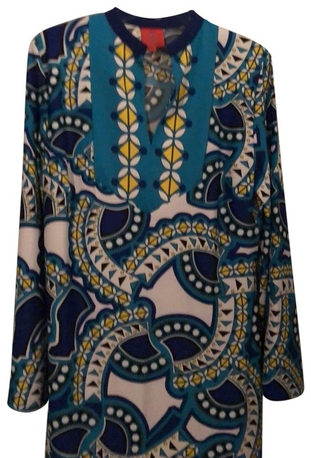 Item - Blue and White Mid-length Short Casual Dress Size 12 (L)