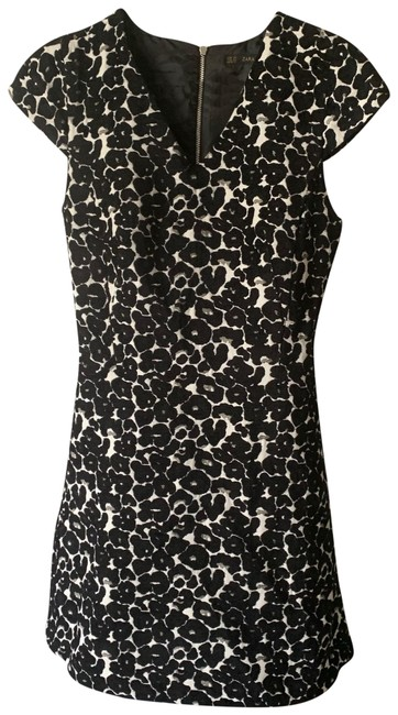 Item - Black White Floral Print Fit and Flare Short Work/Office Dress Size 2 (XS)