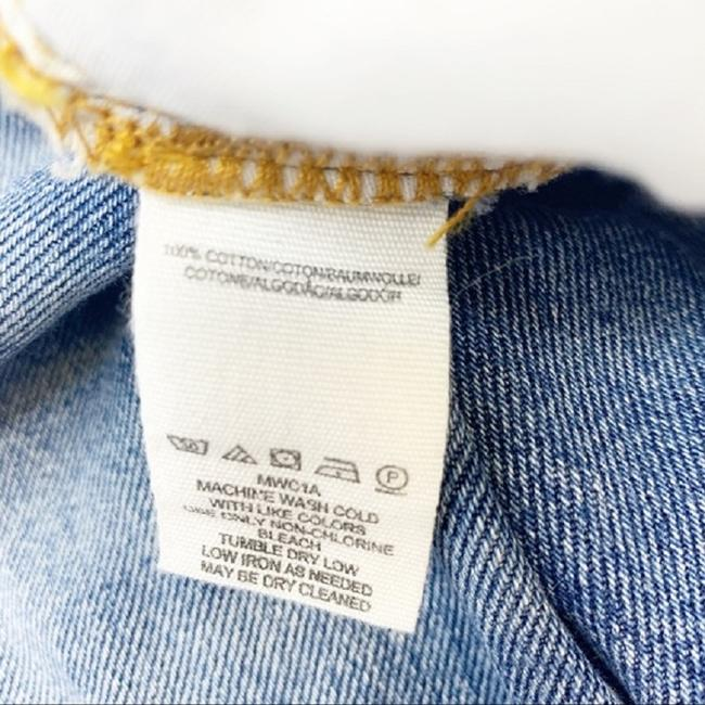 Free People Blue Distressed Extreme Washed Button Fly Boyfriend Cut Jeans Size 30 (6, M) Free People Blue Distressed Extreme Washed Button Fly Boyfriend Cut Jeans Size 30 (6, M) Image 6
