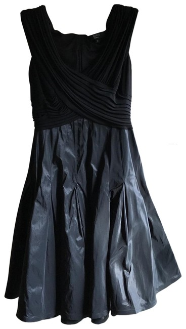 Item - Black Sleeveless Tea Length Semi Mid-length Formal Dress Size 12 (L)