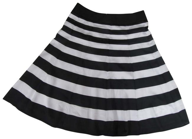 Item - A-line Skirt Size 6 (S, 28)