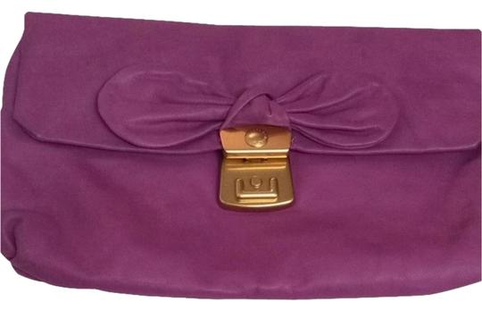 Preload https://item1.tradesy.com/images/marc-by-marc-jacobs-purple-soft-leather-clutch-2774290-0-0.jpg?width=440&height=440