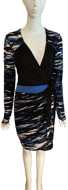 Item - Multi / Black Blue and White Wrap Mid-length Short Casual Dress Size 8 (M)