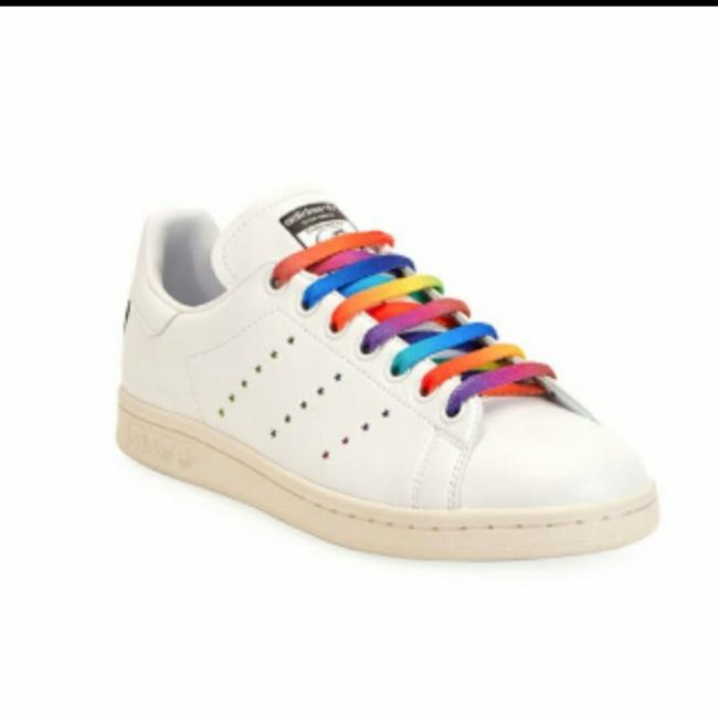 Item - White Stan Smith Rainbow Laces Sneakers Size US 10.5 Regular (M, B)