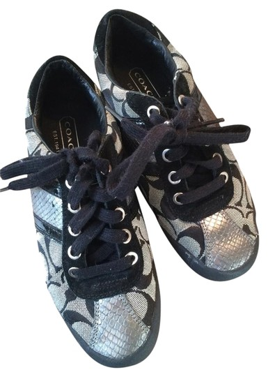 Preload https://item5.tradesy.com/images/coach-black-white-and-silver-signature-flats-size-us-55-regular-m-b-2774794-0-1.jpg?width=440&height=440