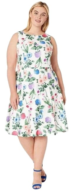 Item - White Multi Plus Printed Sleeveless Fit Flare Mid-length Work/Office Dress Size 14 (L)