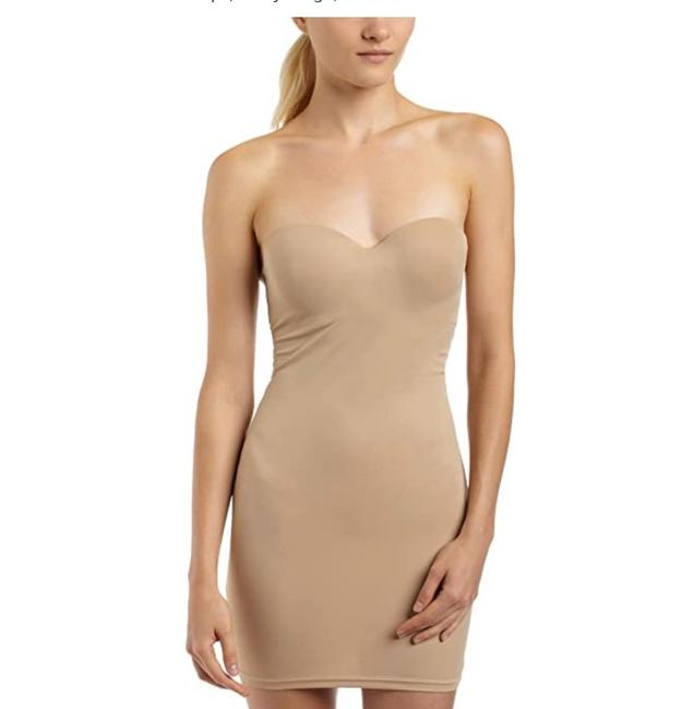 Flexees Nude Firm Control Strapless Slip Body Shaper Halter Top Size 6 (S) Flexees Nude Firm Control Strapless Slip Body Shaper Halter Top Size 6 (S) Image 1
