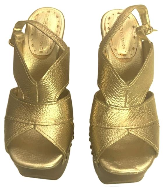 Item - Brown and Gold Wedges Size US 6 Regular (M, B)