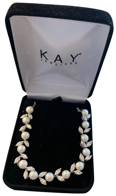 Item - Silver and White Blossom Sterling Pearl Necklace