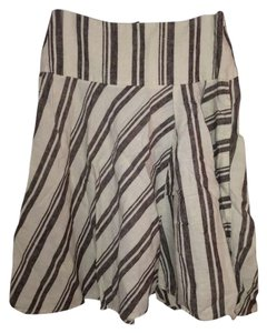 Gap Hidden Zipper Flowey Vintage Skirt White w/ Brown Stripes