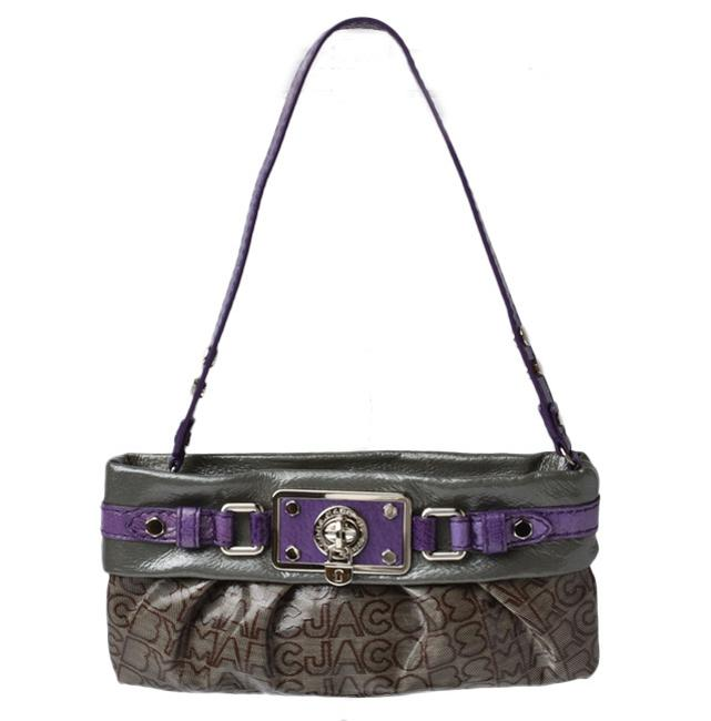 Item - Accessory Pouch Turnlock M382095 Purple / Silver Cotton / Leather Clutch