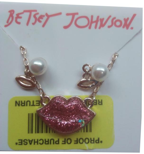 Item - Red New Lips Necklace and Earrings