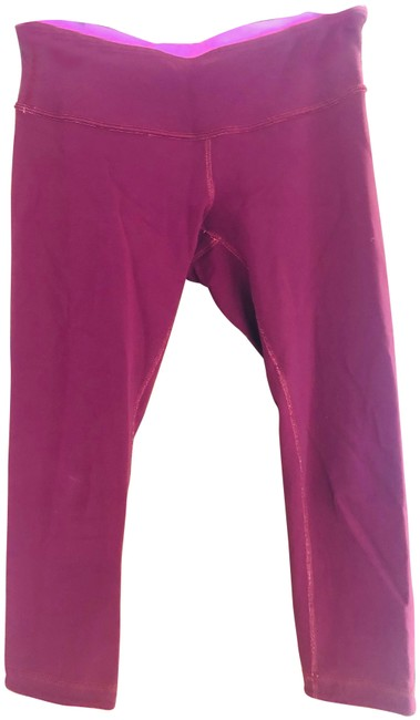 LuLu Red and Pink Lululemon Cropped Activewear Bottoms Size 4 (S, 27) LuLu Red and Pink Lululemon Cropped Activewear Bottoms Size 4 (S, 27) Image 1