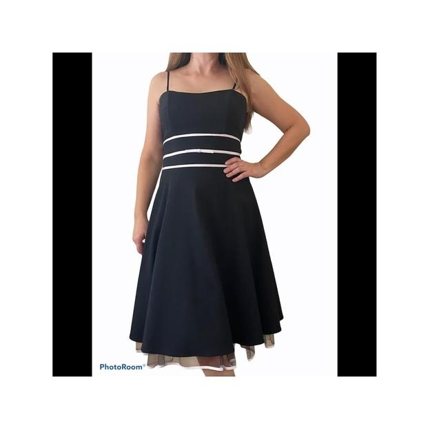 Item - Black and White Prom Wedding Short Cocktail Dress Size 12 (L)
