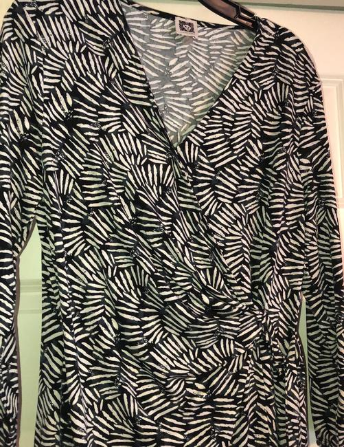Anne Klein Black and Ivory Classic Wrap Mid-length Work/Office Dress Size 12 (L) Anne Klein Black and Ivory Classic Wrap Mid-length Work/Office Dress Size 12 (L) Image 2