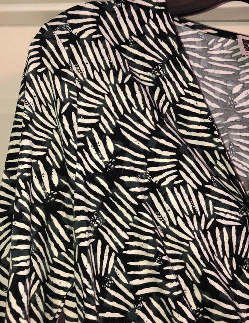 Anne Klein Black and Ivory Classic Wrap Mid-length Work/Office Dress Size 12 (L) Anne Klein Black and Ivory Classic Wrap Mid-length Work/Office Dress Size 12 (L) Image 3
