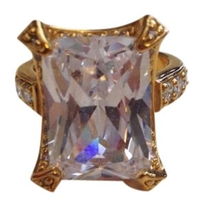 Gold Square Cubic Zirconia Ring Size 8