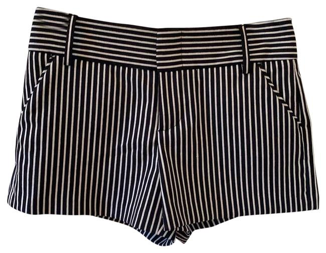 Item - Black and White See 512133720 Shorts Size 2 (XS, 26)
