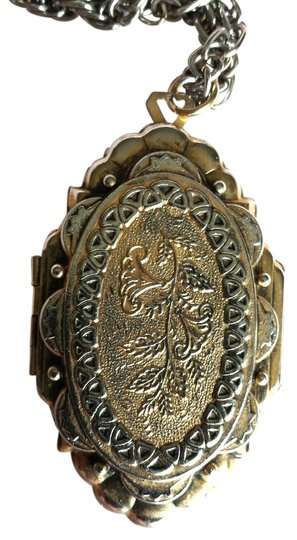"""Other Vintage """"Freirich"""" ArtDeco Era Locket (Signed, Large) With Chain"""