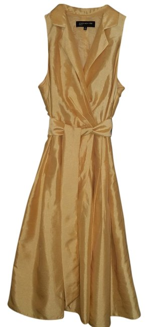 Preload https://item3.tradesy.com/images/jones-new-york-yellow-knee-length-cocktail-dress-size-8-m-2776987-0-0.jpg?width=400&height=650