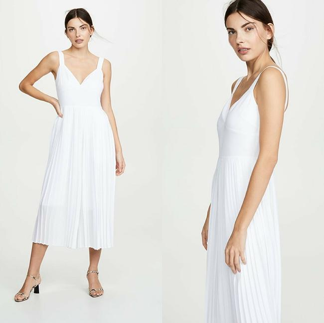 Vince White New V Neck Sleeveless Pleated Crop Wide Leg Jumpsuit Casual Bridesmaid/Mob Dress Size 2 (XS) Vince White New V Neck Sleeveless Pleated Crop Wide Leg Jumpsuit Casual Bridesmaid/Mob Dress Size 2 (XS) Image 2