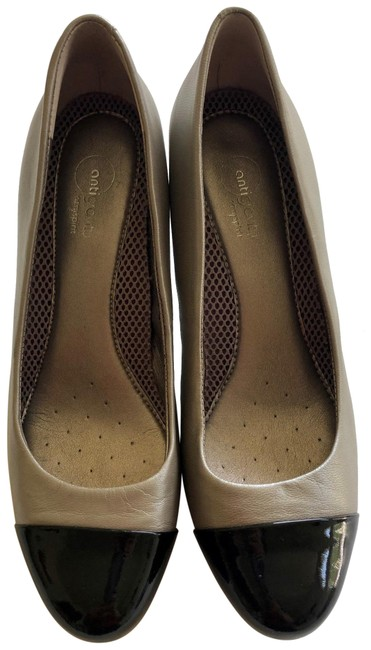 Easy Spirit Silver Black Espalladino Pumps Size US 8 Regular (M, B) Easy Spirit Silver Black Espalladino Pumps Size US 8 Regular (M, B) Image 1