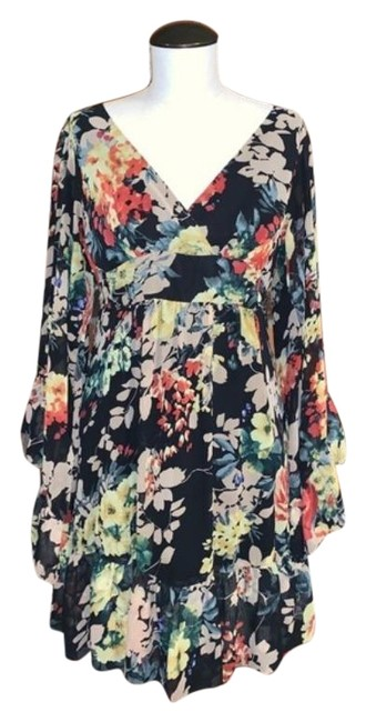 Item - Multicolor Floral Ruffle with Bell Sleeves Short Casual Dress Size 4 (S)