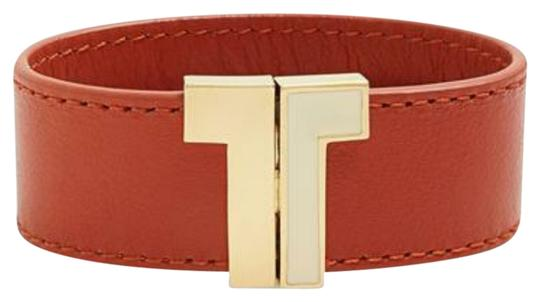 Preload https://item1.tradesy.com/images/tory-burch-clay-red-t-clasp-leather-bracelet-2777560-0-0.jpg?width=440&height=440