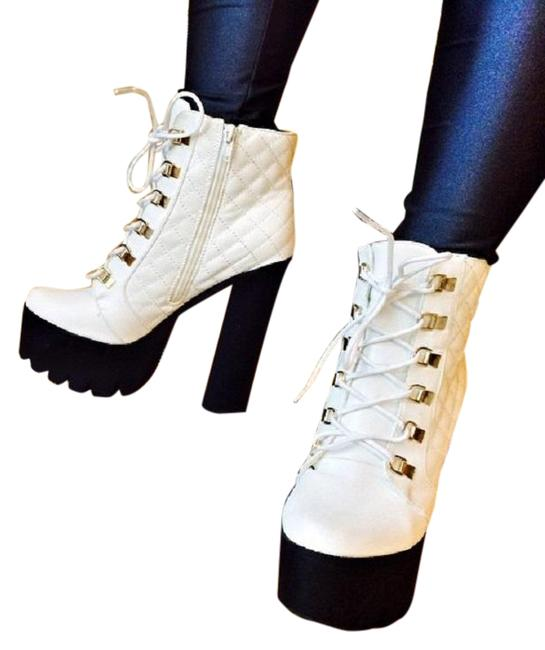 Item - White and Black Bd91 Women Quilted Lace Up Platform Chunky Boots/Booties Size US 7 Regular (M, B)