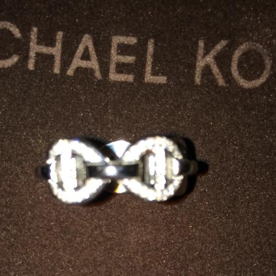 Michael Kors MICHEAL KORS RING SIZE 7 In SILVER W/SEMI-PRECIOUS STONES BEAUTIFUL.