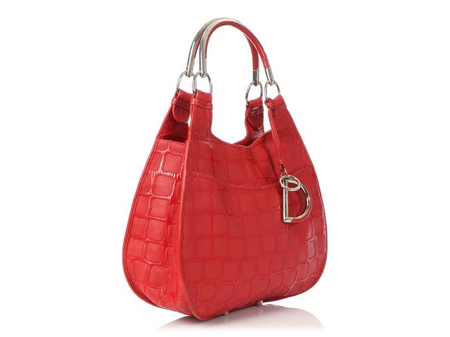 Dior 61 Embossed Red Patent Leather Hobo Bag Dior 61 Embossed Red Patent Leather Hobo Bag Image 5
