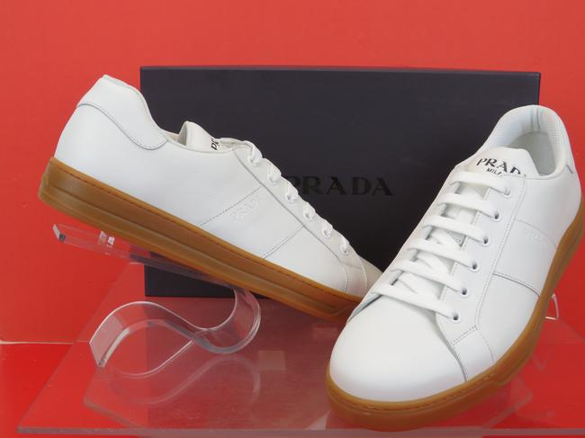 Item - White 4e3501 Leather Lace Up Logo Low Top Sneakers 8 / Us 9 Italy Shoes