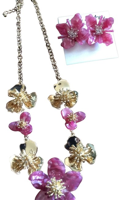Item - Pink Gold Earring Set Necklace