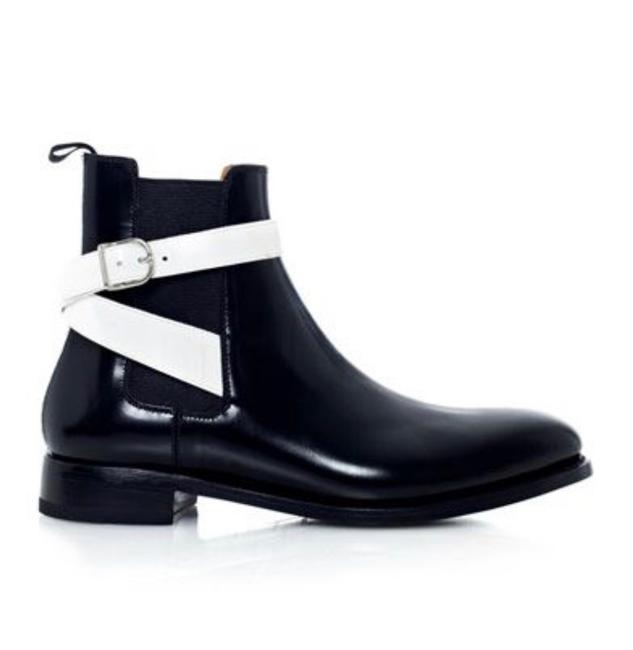 Item - Black Chelsea Boots/Booties Size US 10 Regular (M, B)