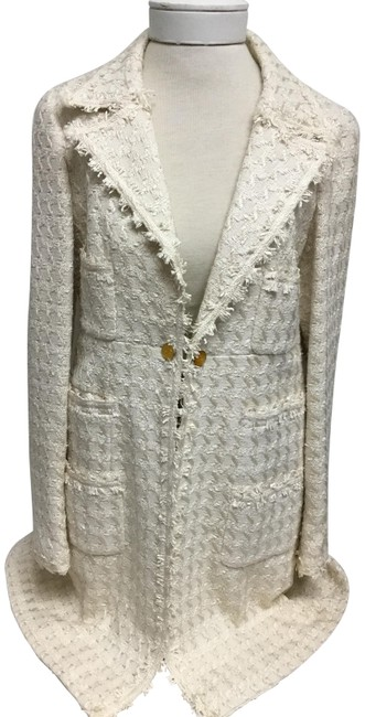 Item - Beige Houndstooth Long Jacket with One Chain Button Skirt Suit Size 8 (M)