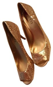 Guess Sequin Gold Pumps