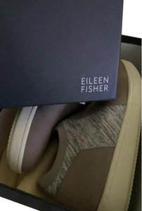Eileen Fisher gray/white Athletic