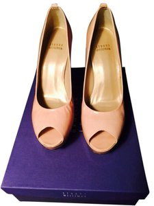 Stuart Weitzman Patent Leather Upper Peep Toe Padded Leather Insole Leather Lining Nude Platforms