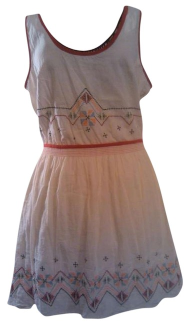 Preload https://item1.tradesy.com/images/dolls-point-cream-indian-style-embroidered-l-short-casual-dress-size-12-l-278060-0-1.jpg?width=400&height=650