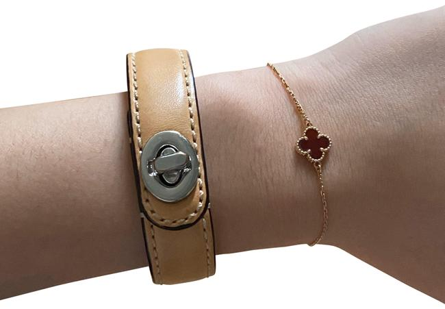 Item - Tan Turnlock Bracelet