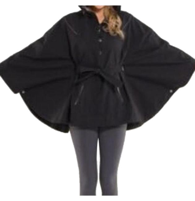 Item - Black Poncho/Cape Size OS (one size)