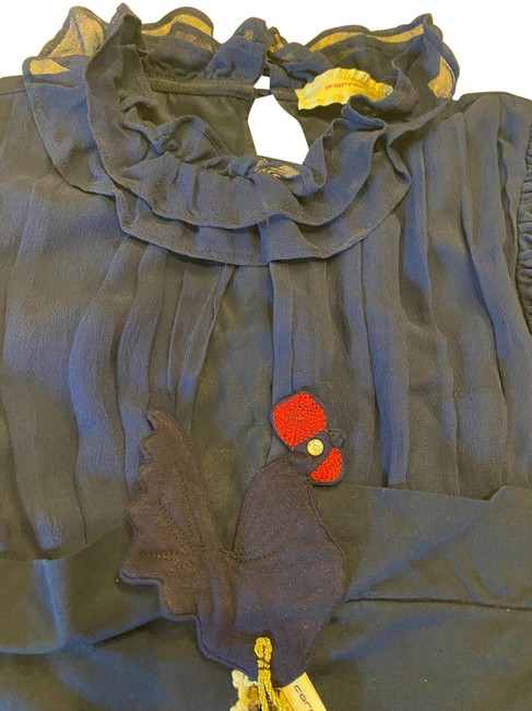 Item - Navy Blue Fitted Blouse Size 2 (XS)