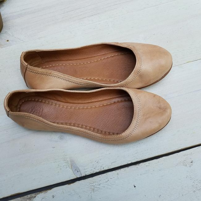 Item - Tan Leather Ballet Flats Size US 7.5 Regular (M, B)