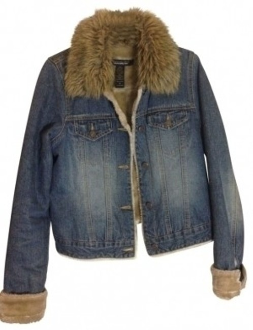 Preload https://item1.tradesy.com/images/abercrombie-and-fitch-faux-fur-lined-denim-jacket-size-8-m-27810-0-0.jpg?width=400&height=650
