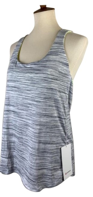 Item - Plum Free To Be Wild Activewear Top Size 4 (S)