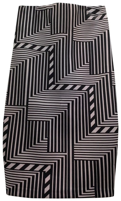 Item - Black and White Color Skirt Size 10 (M, 31)
