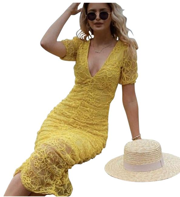 Item - Yellow Embroidered Lace Midi Mid-length Night Out Dress Size 4 (S)