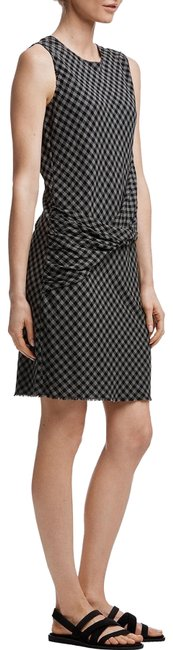 Item - Black Gray Twist Front Shift Mid-length Short Casual Dress Size 0 (XS)